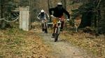 Conne und Felix fahren Rad