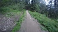 dré dans le pentu-blackshore Châtel bikepark...