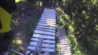 Close Call on Air Voltage - Chatel Bikepark /...