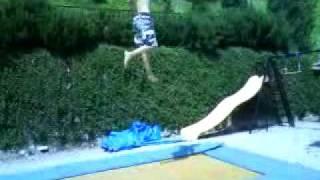 double backflip on trampolin