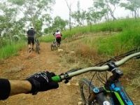 Downhill Mountain Biking! 4K - Townsville,...