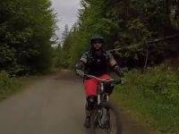 Vapor MTB Trail Kelowna BC - Following Laura -...