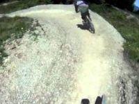 Triple 8 - Les Gets Bikepark - Embeded cam