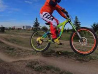 Sherwood Park Bike Skills: Dirt Jumping, Wall...