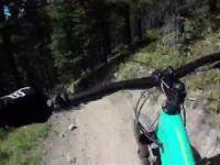Mountain Bike - Jean Guy on the Rocks - Canada