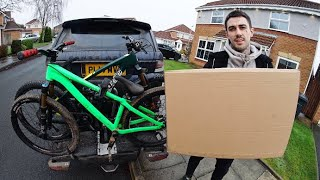 UNBOXING MY NEW MTB GEAR!!