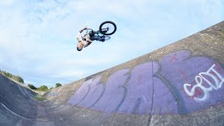 EPIC BMX TRICKS AT THE DITCH!