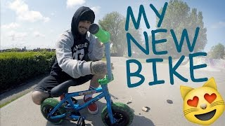 UNBOXING MY NEW MINIBMX!