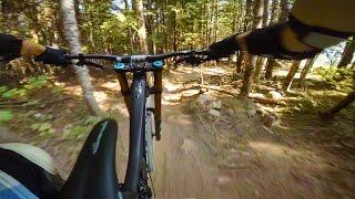 2016 Santa Cruz V10 - Whistler Bike Park MTB...