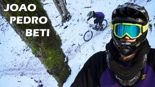 Winter Downhill Freeride MTB - Brazilian Rider!