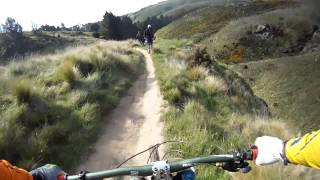 Gravity Canterbury DH Round 1 - Octavio on...