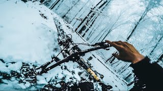 DOWNHILL IN THE SNOW! - Sketchy Winter Trails