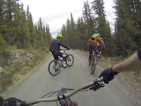 Riding flowy trails in Norway