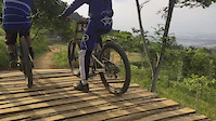 Downhill bike and enduro bike